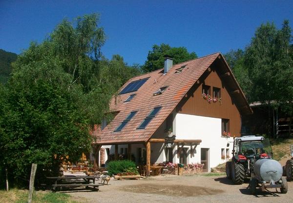 Farmhouse inn Buissonnets