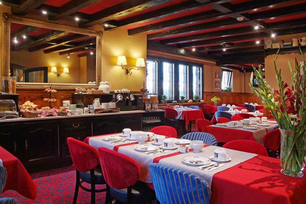 ©Hôtel Restaurant Arnold