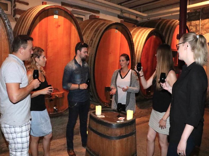http://apps.tourisme-alsace.info/photos/kaysersberg/photos/cave_paul_spannagel_katzenthal.JPG