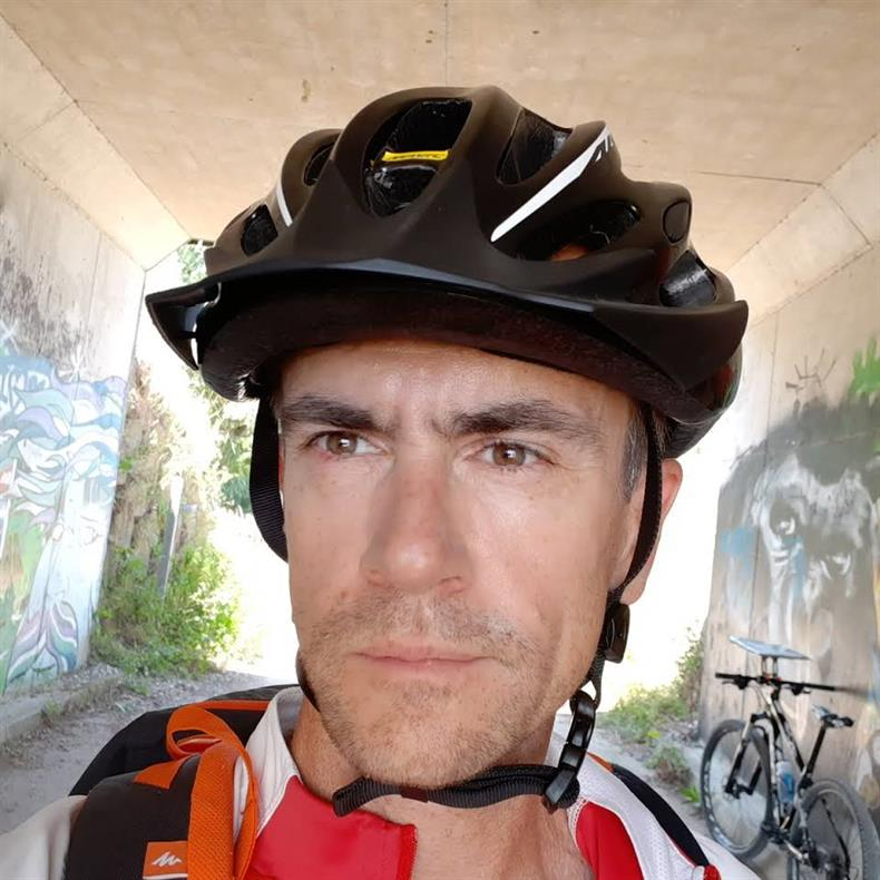 http://apps.tourisme-alsace.info/photos/kaysersberg/photos/luc_bedez_educateur_sport-sante.jpg