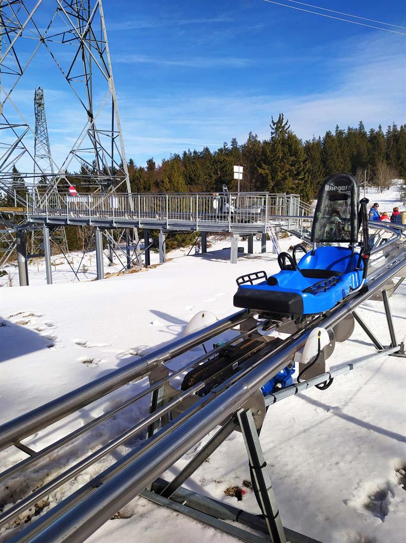 http://apps.tourisme-alsace.info/photos/kaysersberg/photos/luge-sur-rail-tricky-track-station-lac-blanc-2020-2.jpg