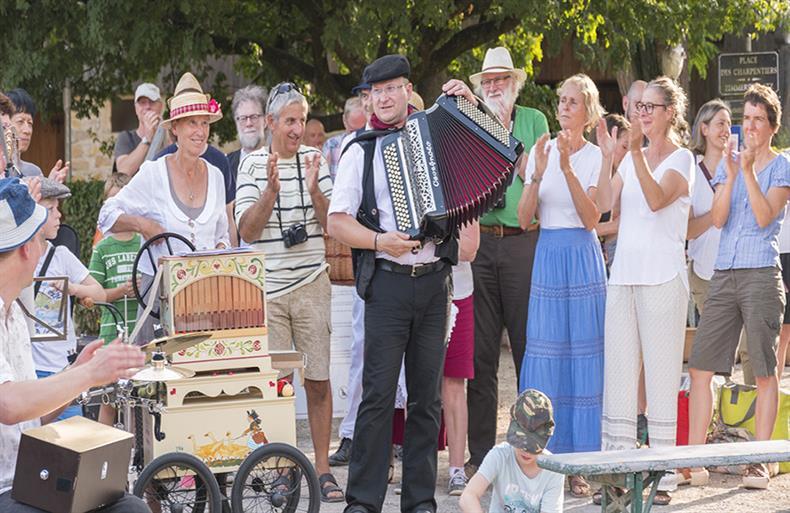 apps.tourisme-alsace.info/photos/kaysersberg/photos/billet_ecomusee_alsace_fokl_estival.jpg