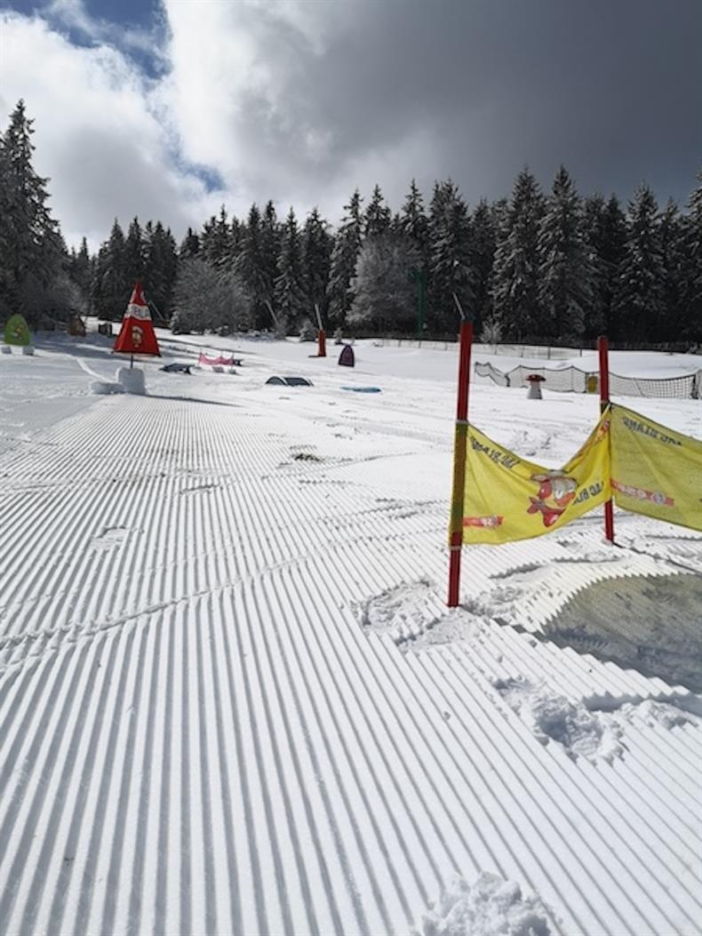 apps.tourisme-alsace.info/photos/kaysersberg/photos/esf-lac-blanc-ecole-de-ski-francais-6.jpg