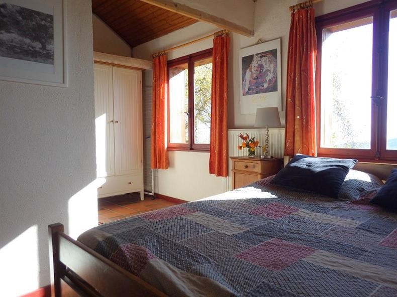 apps.tourisme-alsace.info/photos/kaysersberg/photos/gite-lapoutroie-giovanni-bambois-chambre-2.jpg