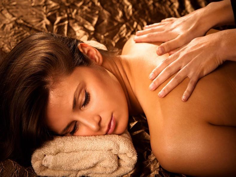apps.tourisme-alsace.info/photos/kaysersberg/photos/kaysersberg-le-chambard-spa-massage.jpg
