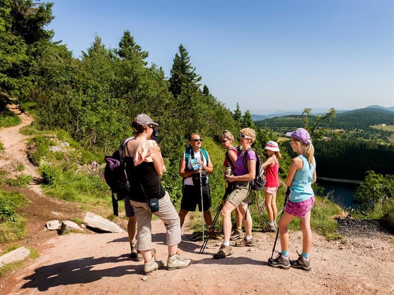 apps.tourisme-alsace.info/photos/kaysersberg/photos/orbey-rando-tour-des-trois-lacs-4.jpg