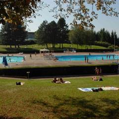 - © La piscine en plein air d'Altkirch