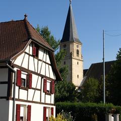 - © Eglise d'Hirsingue édifiée en 1774