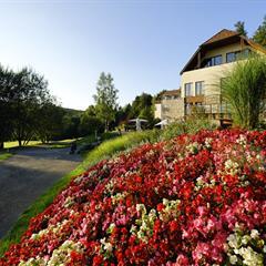 - © Restaurant le bistro du golf de la Largue  MOOSLARGUE