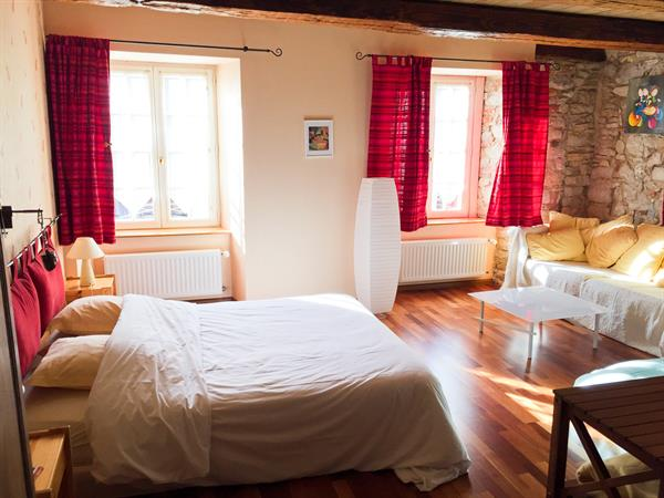 The Relais des Comtes FERRETTE guest rooms