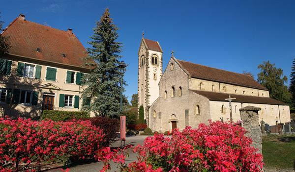 Romanische Kirche von Feldbach