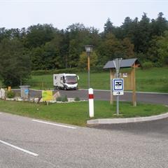- © aire d'accueil de campings-cars  FERRETTE