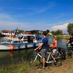 - © Nautical relay of Wolfersdorf