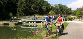 Cycling along the Canal, on Euro Vélo 6
