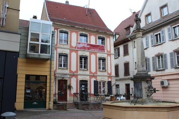 Mille Feuilles bookstore, place Goutzwiller in Altkirch