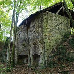 - © Old lime kiln in Wittersdorf