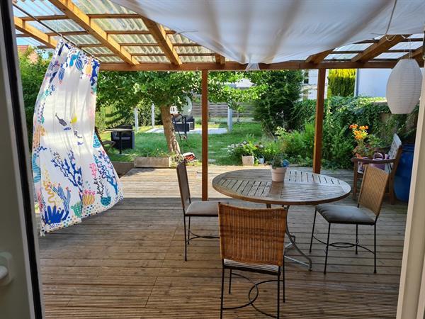 The terrace, the garden