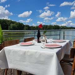 Restaurant Les 2 Barges - COURTAVON - © Les 2 Barges