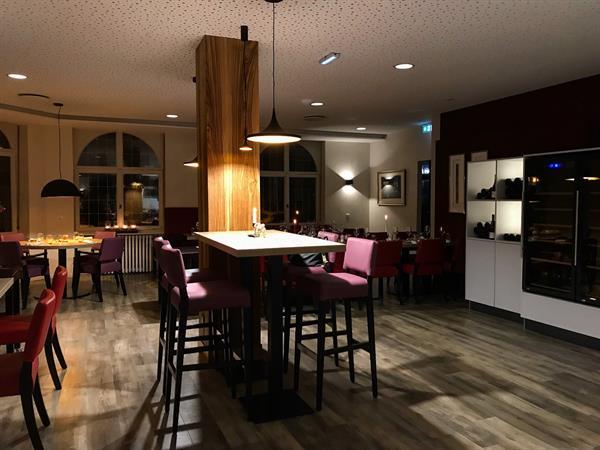 Jenny Hagenthal brasserie restaurant