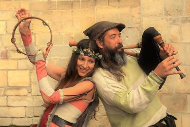 """Festival """"Bischwiller On Air"""": Marotte und Musards - Straßenshow"""