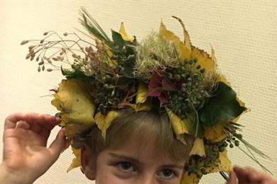 Autumnal floral wreath workshop for parents and children
