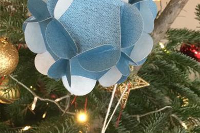 Kerstworkshop: maak je kerstbal van papier