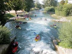 Parc des eaux vives (Wildwasserpark)