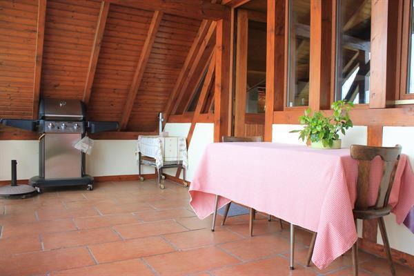 Terrasse couverte - © Gîtes de France