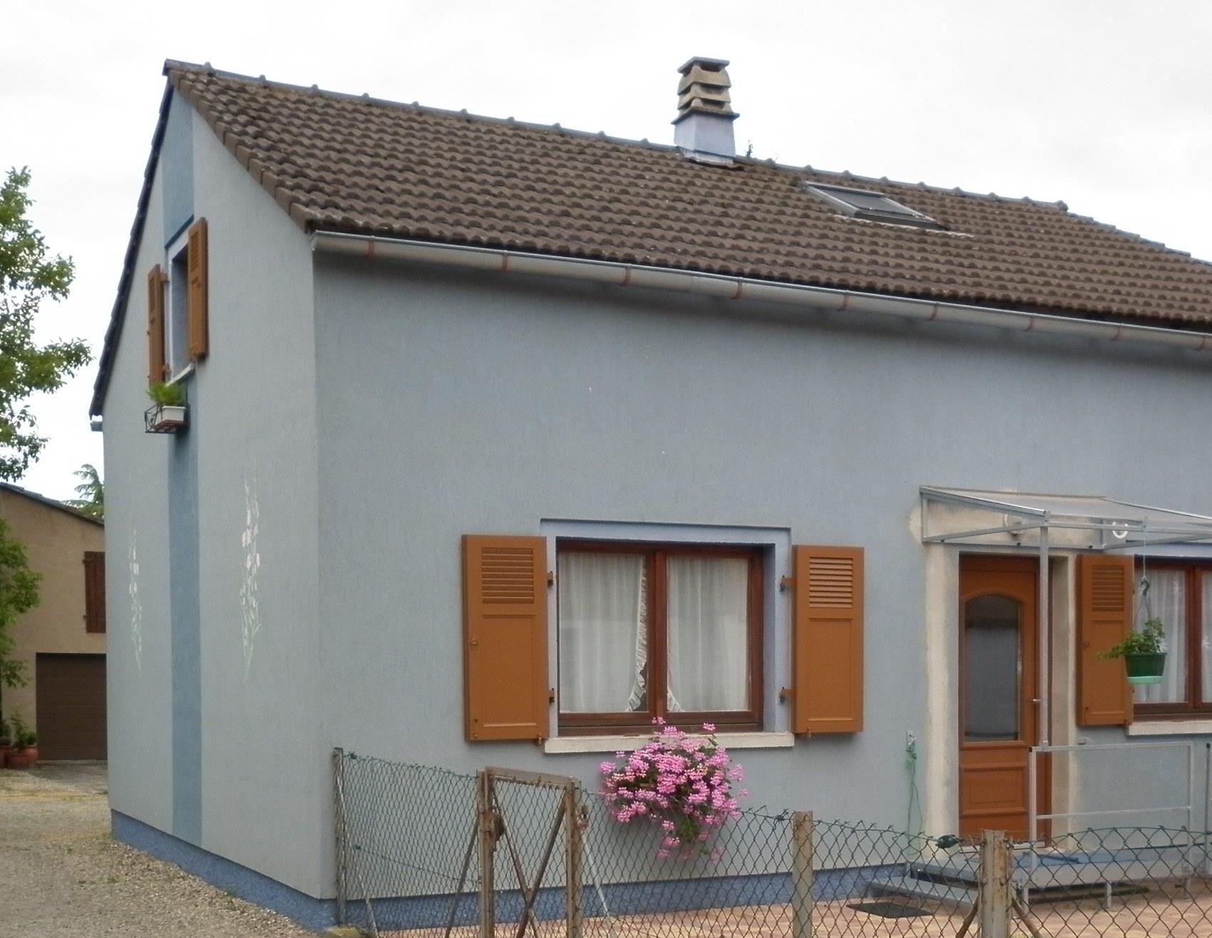 la maison bleue - le propriétaire