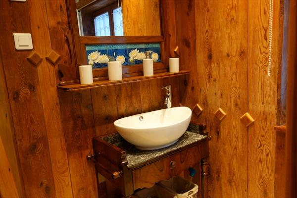 Salle de bain - © OT Grand Ried