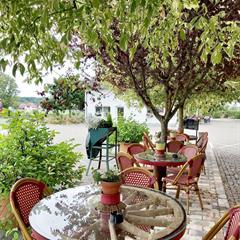 Außenterrasse - © © Hôtel / Restaurant Lion d'Or