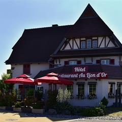 Außenansicht der Einrichtung - © © Hôtel / Restaurant Lion d'Or
