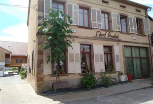 Restaurant S'Dorf Stuebel