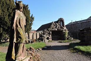 Jardin du cloître de la collégiale Saint-Florent
