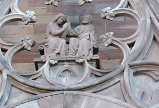 Besichtigung der Kirche Skt. Mauritus und die Synagoge