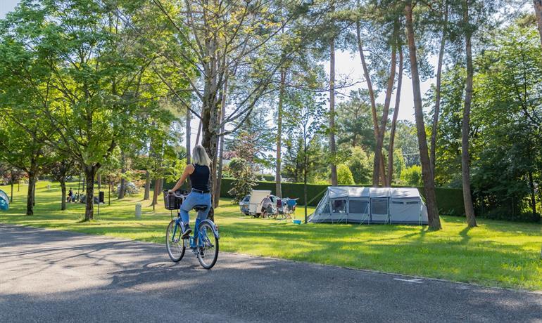 Städtischer Campingplatz - Les Pins - Stadt Haguenau