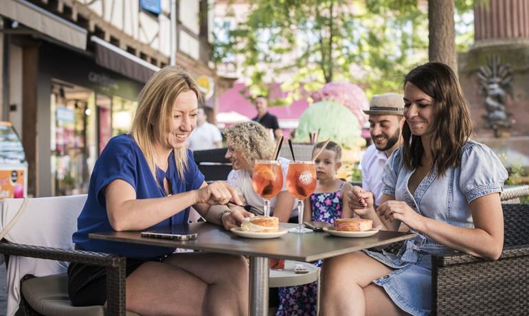 Salon de Thé - Café Max by Chloé