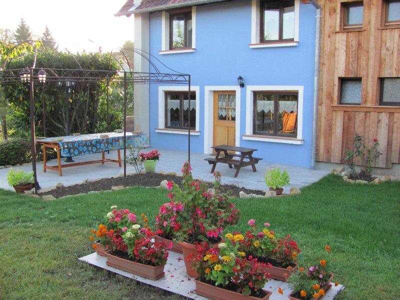 G te la maison bleue schwoben - La maison bleue chanson ...