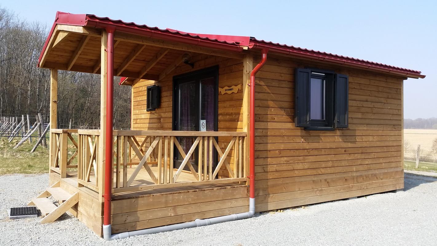 cabane en bois chalet hll evenks diefmatten. Black Bedroom Furniture Sets. Home Design Ideas