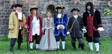 Visites guidées estivales de la place forte de Neuf-Brisach en costume