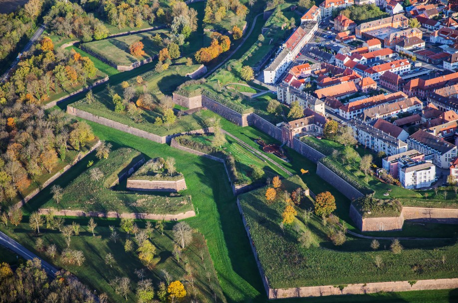 Guided tour in Neuf Brisach and along the city walls