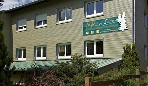 Extérieur Centre Les Sapins.