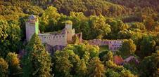 Die Burg Bernstein