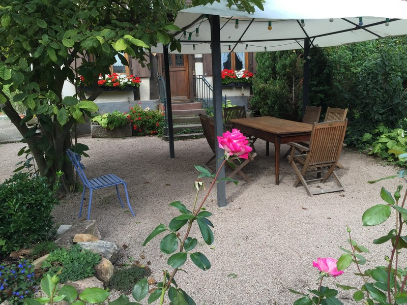 Holiday apartment le jardin a la cour zaepffel dambach for Le jardin high wine