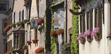 En route vers l'un des plus beaux villages de France...