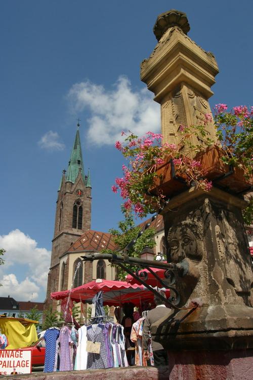 https://apps.tourisme-alsace.info/photos/cernay/photos/240000970_1.jpg