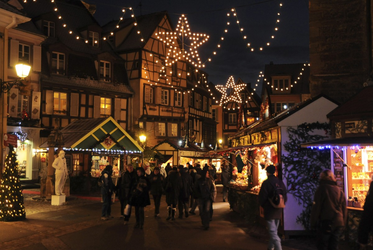 location colmar noel 2018 Christmas market   Place des Dominicains | To see, to do, to live  location colmar noel 2018