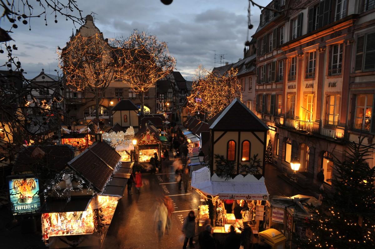 Colmar Weihnachtsmarkt.Weihnachtsmarkt Place Jeanne D Arc Zu Sehen Zu Tun Zu Leben