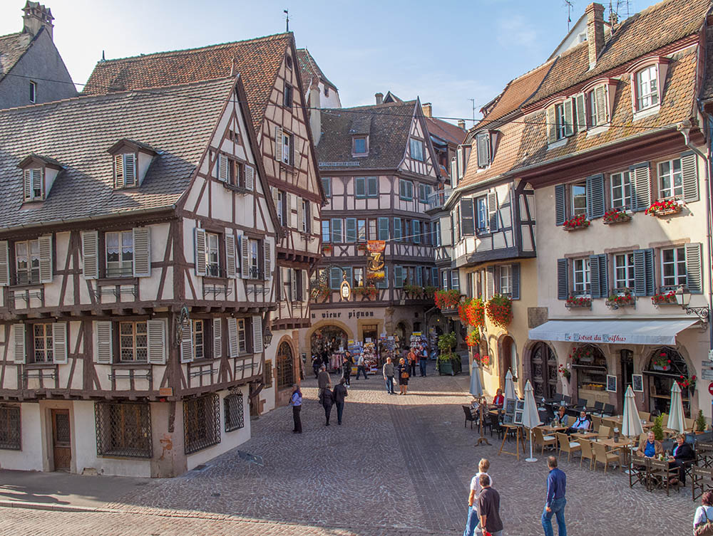 https://apps.tourisme-alsace.info/photos/colmar/photos/235008644_1.jpg