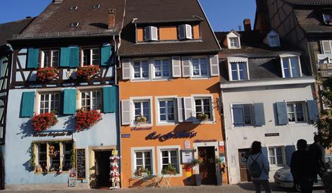 Maisons sur le quai des poissoniers (OT Colmar)